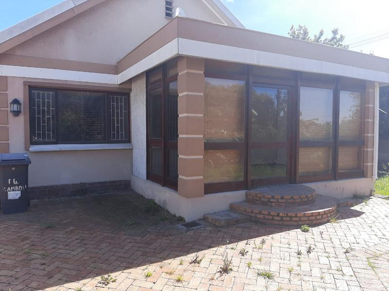 Property For Sale in Rondebosch Silver Mile, Cape Town 2